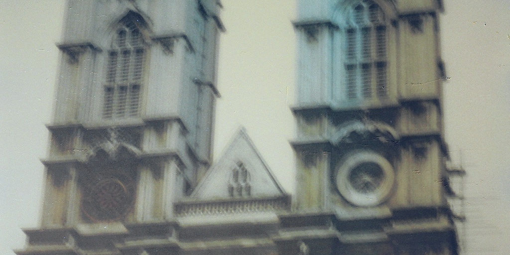 westminster abbey by by EuroVizion on flickr_crop